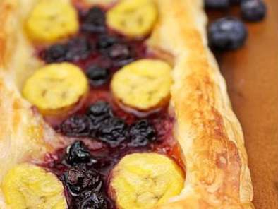 Recipe Rough puff pastry and a banana blueberry tart