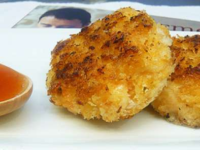 Recipe Gourmet food for a fiver (spicy prawn cakes)