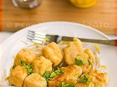 Recipe Tahu pong semarang - tofu puff and shrimp fritter with hot sweet and sour sauce