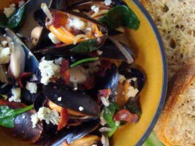 Recipe Teddy folkman's moules fromage bleu