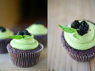 Recipe Mulberry cupcakes & matcha cream cheese frosting