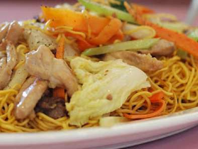 Recipe Chicken chow mein in the crock pot & other tempting dishes