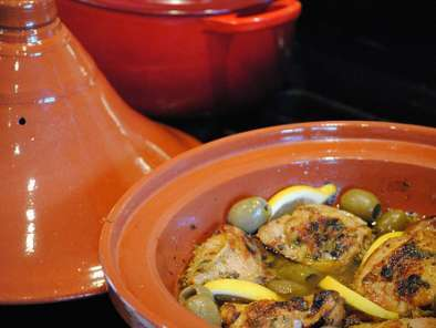 Recipe Moroccan chicken tagine with lemon, olives and thyme