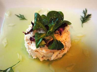 Recipe French laundry crab: crab salad with cucumber jelly, grainy mustard vinaigrette and mache