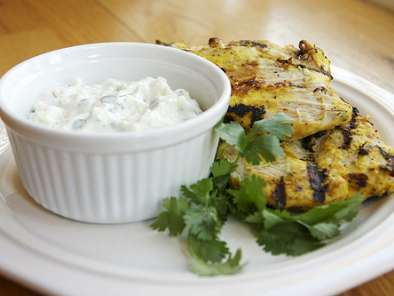 Recipe Tandoori chicken with yogurt sauce