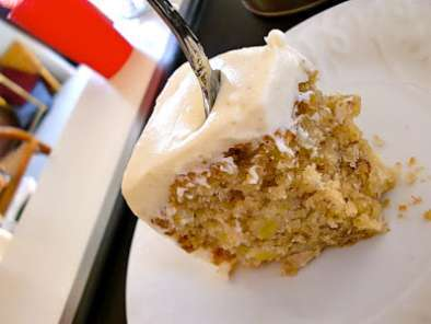Recipe Banana cake with cream cheese frosting