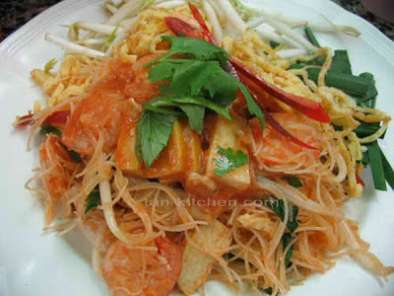 Recipe Mee kati (noodles with coconut milk)