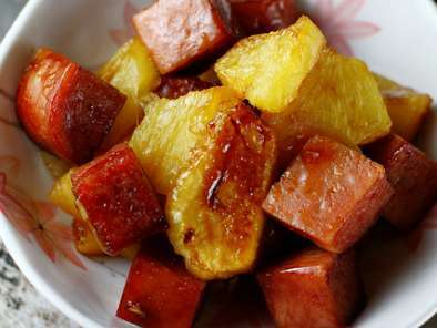 Recipe Baked spam and pineapple in teriyaki sauce
