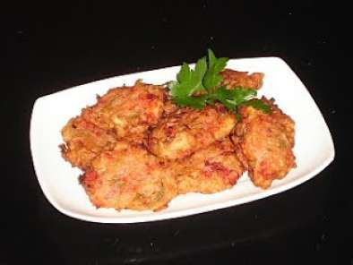 Recipe Greek tomato fritters (domatokeftedes)