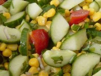 Recipe Cucumber, corn and tomato salad