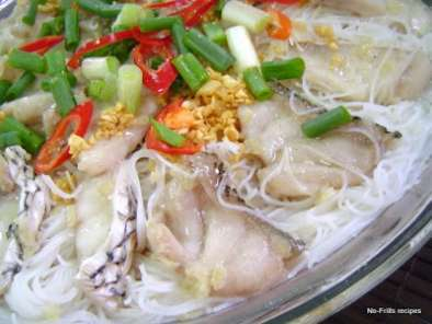 Recipe Steamed fish fillet with rice vermicelli