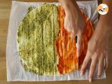Step 2 - Flaky Christmas trees with pesto - Video recipe !