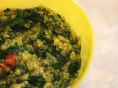 Andhra-style Moong Dal Palak / Spinach and Lentil Curry Recipe