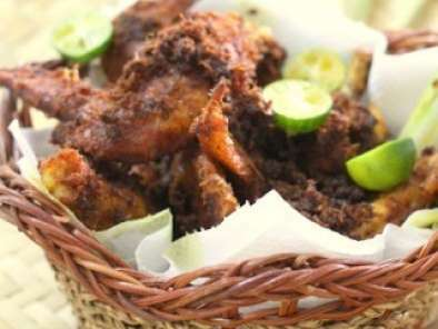 Ayam Goreng Berempah (Spicy Fried Chicken)