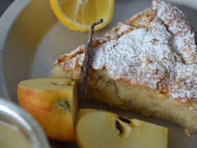 Buttery apple cake