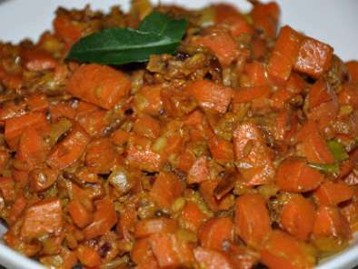 Carrot Fry (Carrots sauteed in South Indian spices with milk), Photo 2