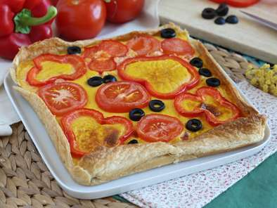 Carrot quiche with tomato and pepper