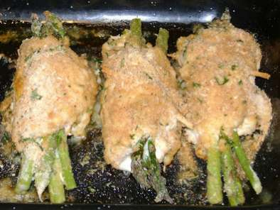 Chicken with Asparagus and Hollandaise Sauce, Photo 3