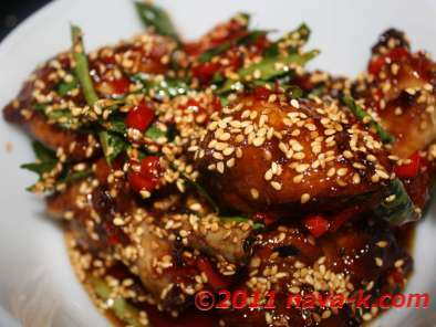Chilly Honey Chicken With Sesame Seeds