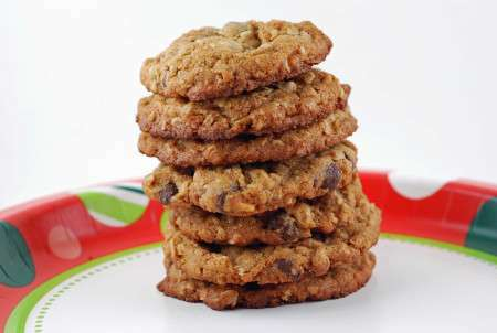 Chunky peanut butter and oatmeal chocolate chipsters ...