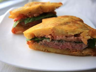 El Jibarito (Plantain and Steak Sandwich)