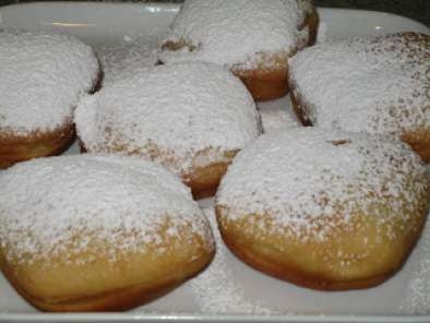 Fasnacht Day And Glazed Donuts Recipe Petitchef