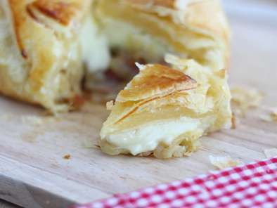 Flaky camembert with onions and ham - Video recipe!, Photo 2