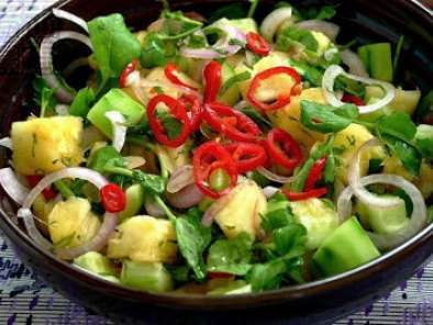 Fresh Thai Pineapple & Cucumber Salad