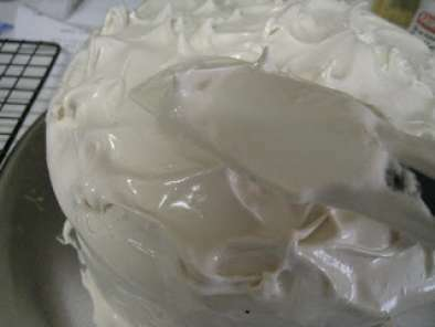 Frostings Without Powdered Sugar: Fluffy Coffee Frosting, Photo 2