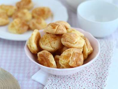 Gluten free cream puffs - Video recipe!