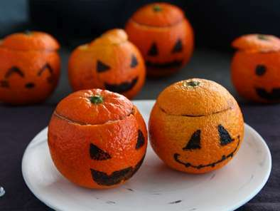 Halloween mandarins with chocolate mousse, photo 2