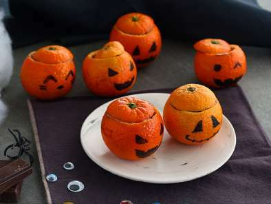 Halloween mandarins with chocolate mousse, photo 3