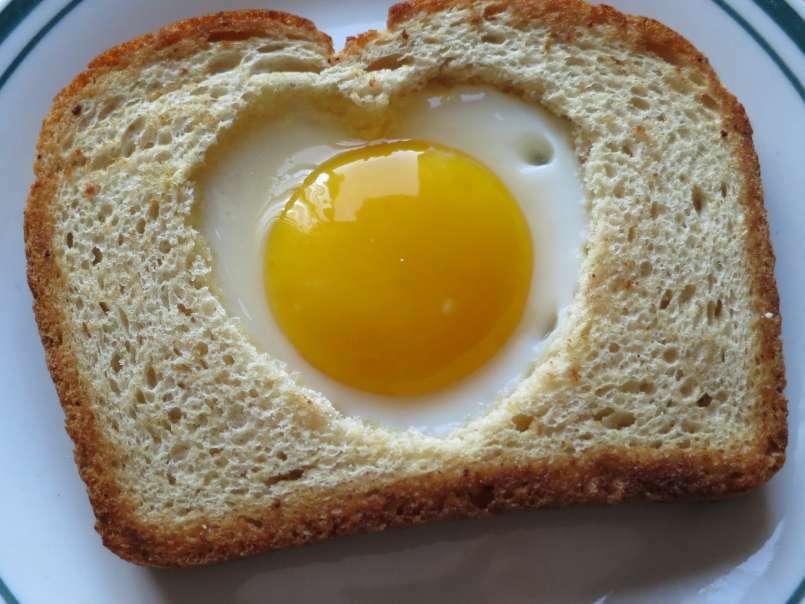 Heart Shaped Egg Toast Recipe Petitchef