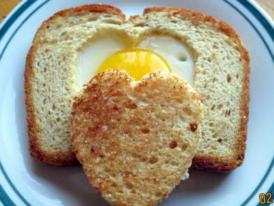 Heart shaped Egg Toast, Photo 2