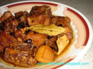 Humba (braised pork with black beans and palm sugar ...