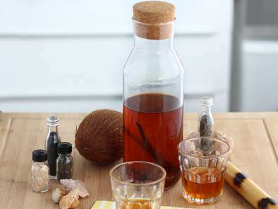Infused rum, vanilla and cinnamon - Video recipe!