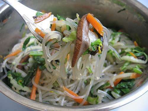 Japchae - korean sweet potato starch noodles salad/stir ...