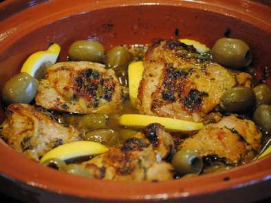Moroccan chicken tagine with lemon olives and thyme recipe petitchef moroccan chicken tagine with lemon olives and thyme photo 4 forumfinder
