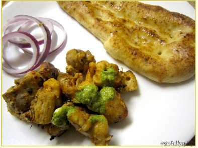 Murg Malai Tikka/Skewered Creamy Chicken Tikka Kebabs