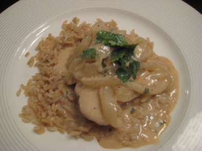 Paula Deen's Lean: Sour Cream Pork Chops with Vidalia Onion Gravy