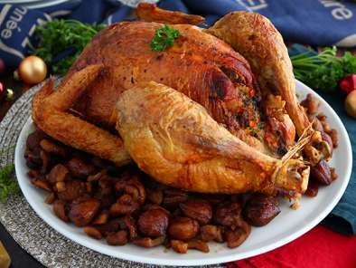 Roasted capon with chestnuts