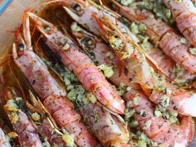 Roasted prawns with garlic and herbs, photo 3