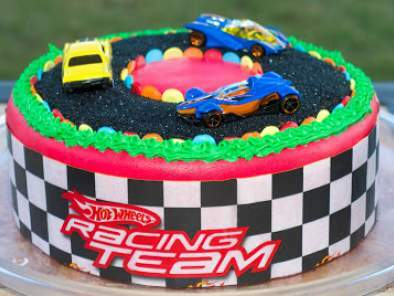 Start Your Engines for this Racing Cake!!
