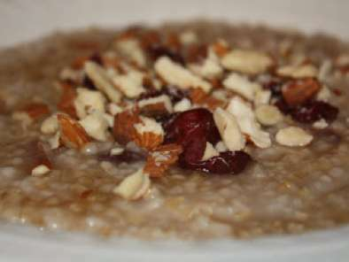 Steel-cut Oats with Cranberries and Almonds