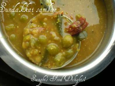 Sundakkai sambar and Onion dhal chutney!, Photo 2