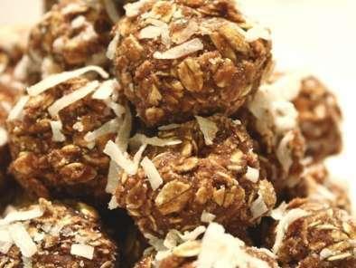 Swedish Chocolate Balls Chokladbollar Recipe Petitchef