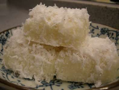 Tapioca cake with coconut topping, Recipe Petitchef