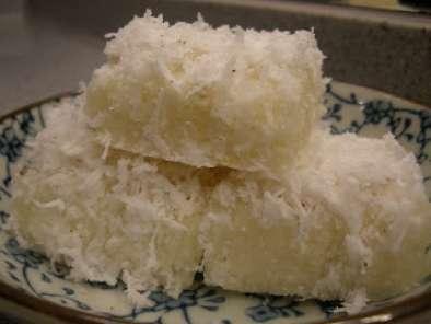 Tapioca cake with coconut topping, Recipe Petitchef