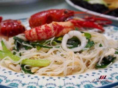 Tasty White Bee Hoon with Baby Lobsters, Photo 2