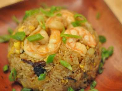 Thai Pineapple Fried Rice Recipe with Basil and Wild Shrimp, Photo 4